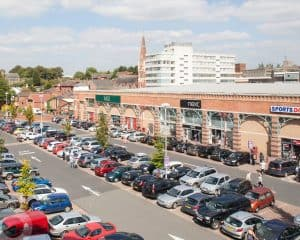 Read more about the article Security guard 'hit by car in road rage' at Weavers Wharf Shopping Centre