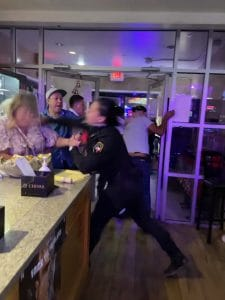 Read more about the article Texas security guard unleashes martial arts moves in restaurant brawl – Full Video
