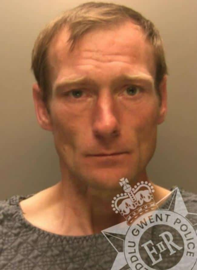 Read more about the article Newport robber told security guard: I'll smash your face in is Jailed